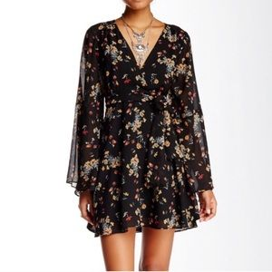 Free People Lilou Bell Sleeve Floral Dress